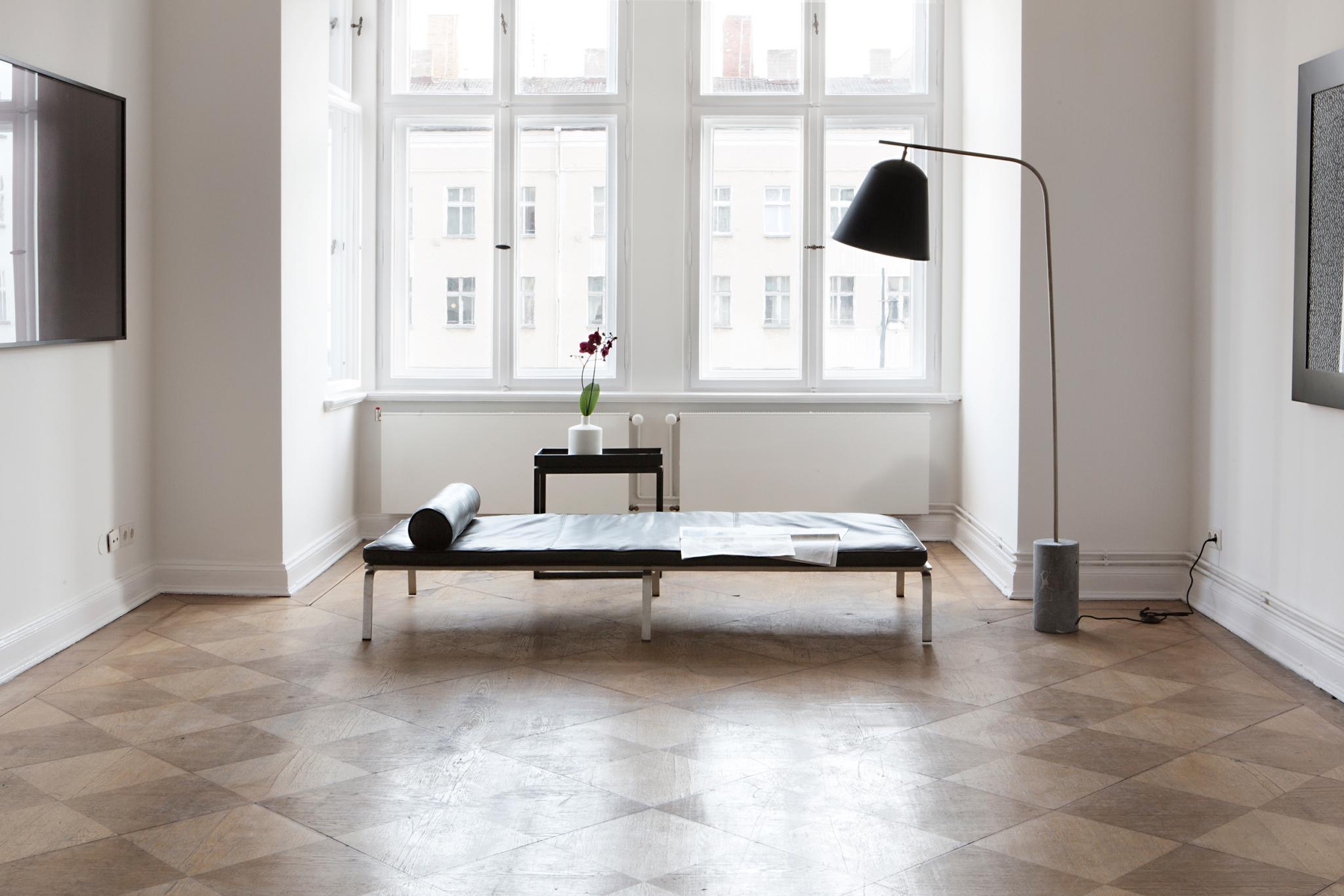 greifswalder strasse 207 fantastic frank. Black Bedroom Furniture Sets. Home Design Ideas